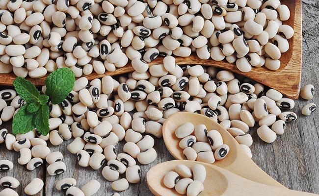 Madagascar-black-eye-peas